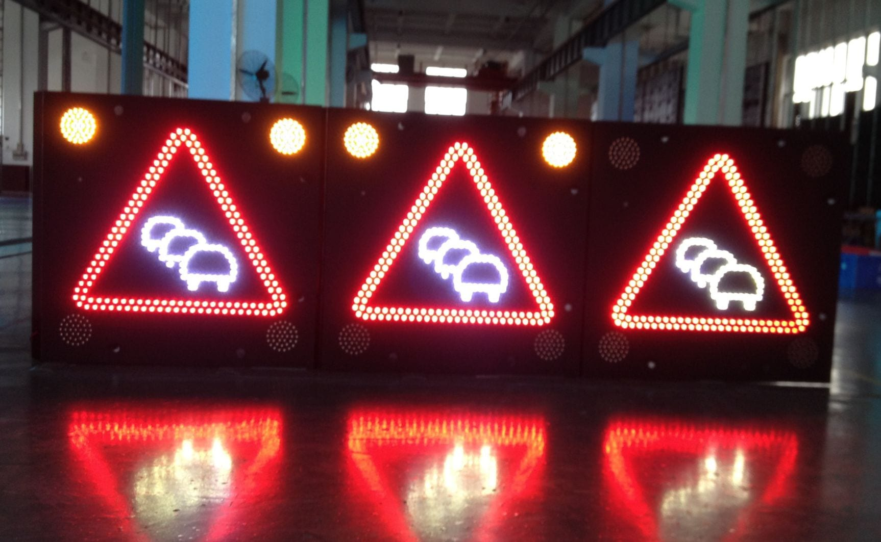 LED Variable Message Signs For Construction