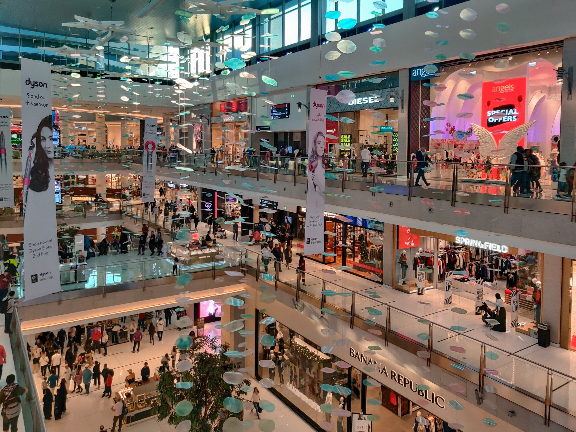 Improving Retail Space With Digital Signage